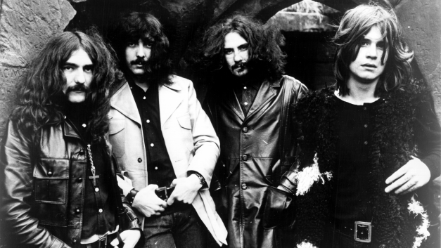 IRON MAN – Black Sabbath